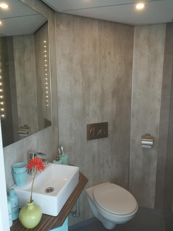 Afwerken badkamer zeilschip - Folkertsma Metsel- en Klusbedrijf