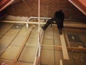Isolerend en geluidswerend plafond aanbrengen